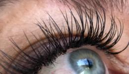 how long do lash extensions last?